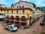 Lavori di riqualificazione del loggiato davanti al Comune di Borgo a Mozzano