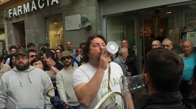 Mario Giannelli contestazione a Salvini