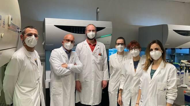 Nuova variante Covid in Italia: la scoperata nel laboratorio diretto dal virologo Francesco Broccolo