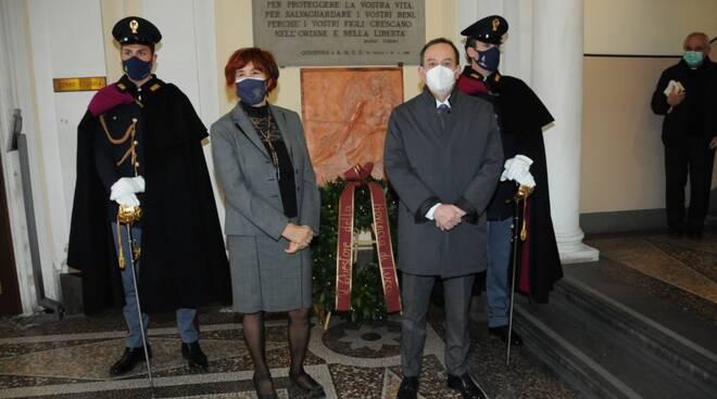 polizia questura scultura caduti anniversario fondazione