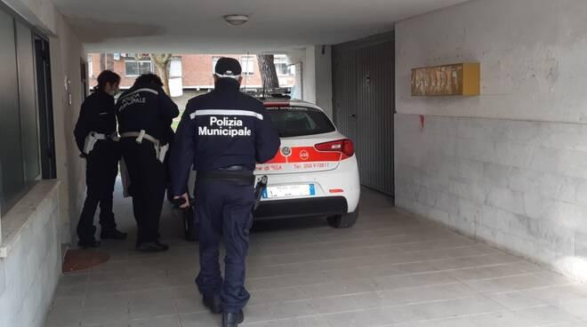 sgombero polizia municipale Pisa casa Cep