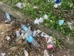 sporcizia via delle cornacchie rifiuti