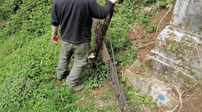 Storica Croce delle missioni riparata Bagni di Lucca