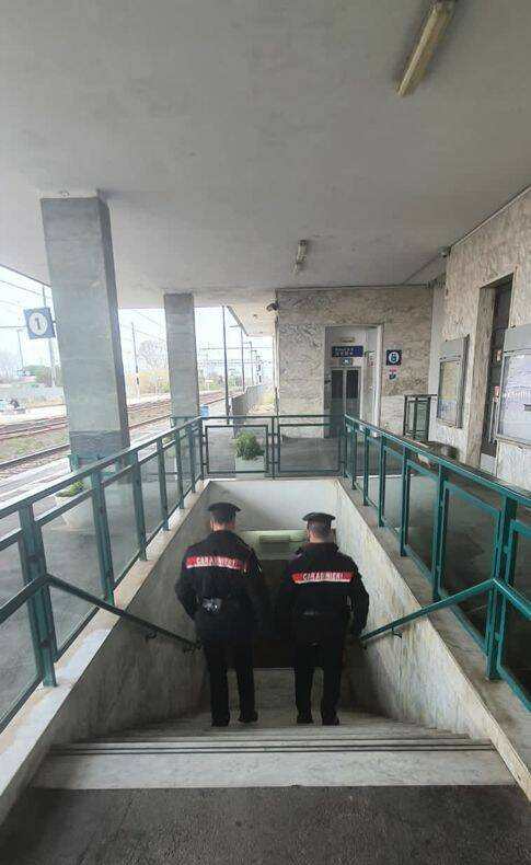 carabinieri rapina Pietrasanta arresto