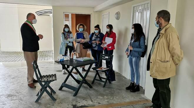consegna alloggi popolari nel quartiere Giardino