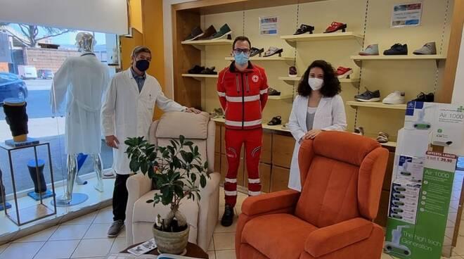 donazioni alla Croce rossa italiana di Lucca