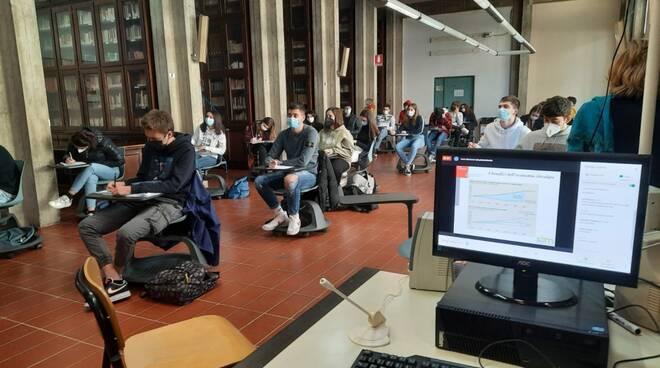 economia circolare Ite Carrara lezione Luca Marrucci