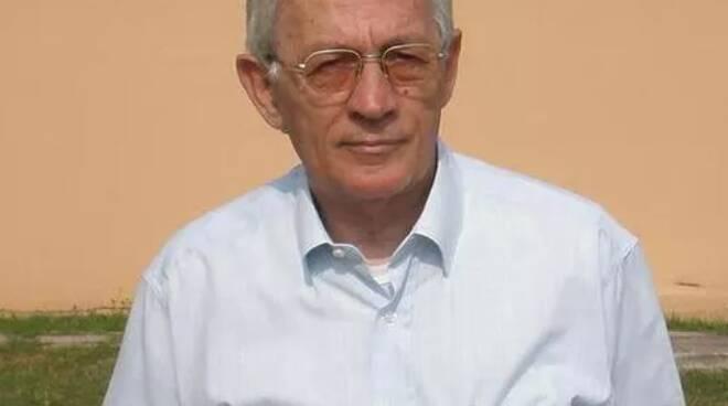 Franco Paternesi lutto Cascina