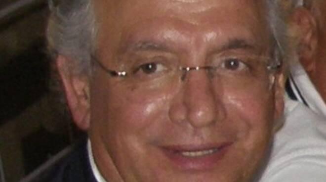 Giuseppe Fontana medico pediatra Capannori