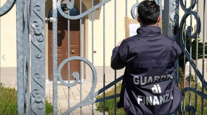 Guardia di Finanza sequestri procura di Lucca