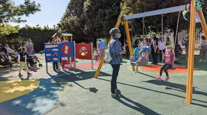 inaugurazione parco giochi lunata