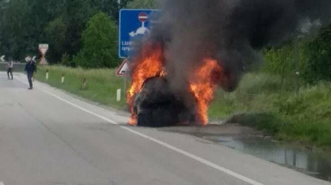 macchina fiamme Frizzone