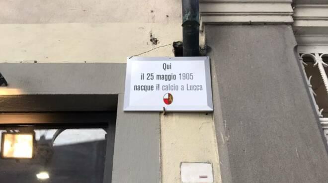Targa Lucchese di Difendere Lucca
