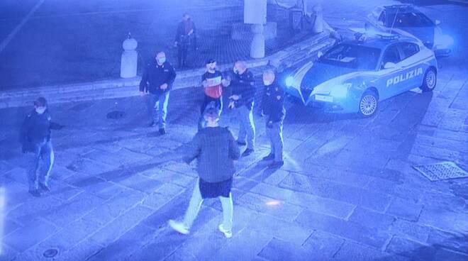 aggressione polizia