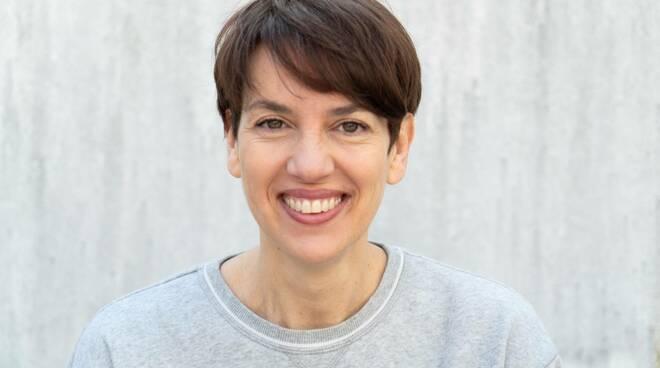 Alessandra Carati premio Viareggio Rèpaci Opera Prima