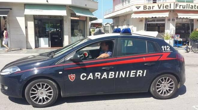 carabinieri viareggio in passeggiata foto di Lt