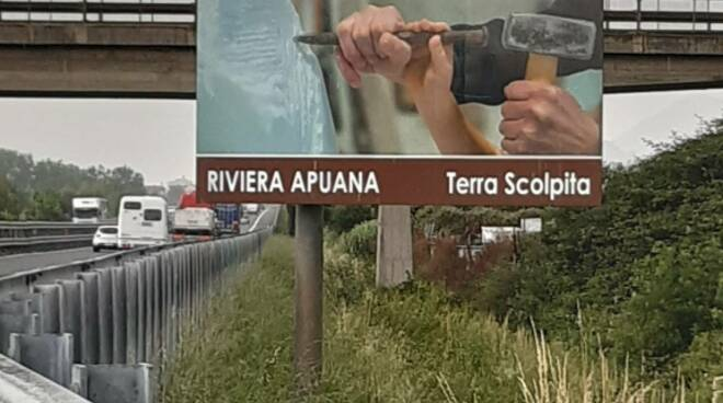 cartello Salt Terra Scolpita A12