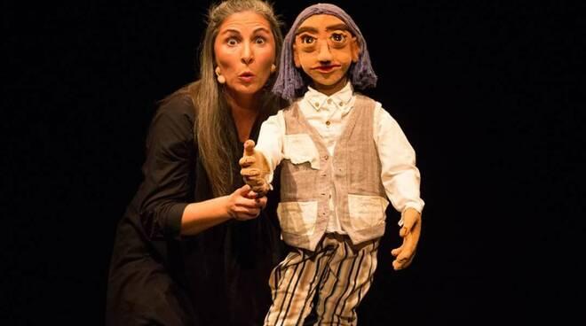 Daria Paoletta e Tzigo Il Fiore Azzurro teatro del Giglio