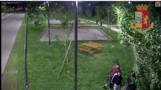 furto polisportiva riprese telecamere