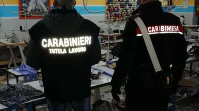carabinieri prato in azienda tessile