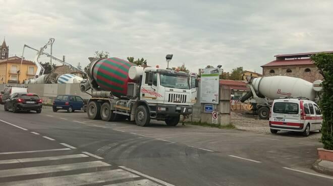 gettata di cemento ex Gesam Per San Concordio