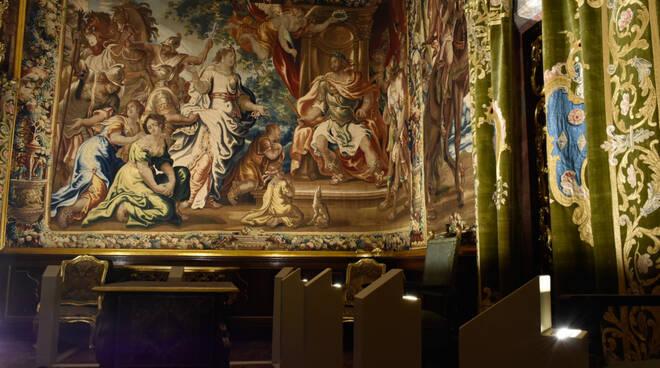 Illuminazione arazzi fiamminghi palazzo Mansi