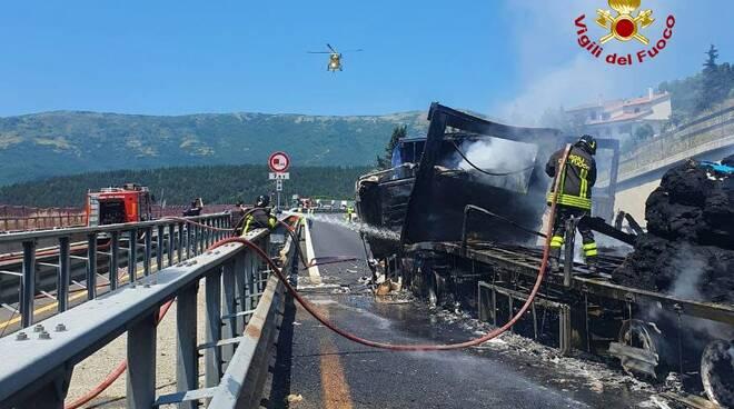 incendio camion Barberino Calenzano
