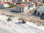 lavori spiaggia marina di pisa