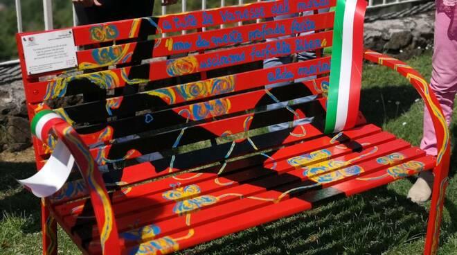 panchina rossa ciocco