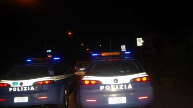 polizia notte foto di letizia tassinari
