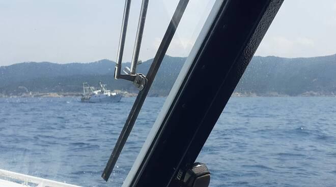 rete a strascio guardia costiera