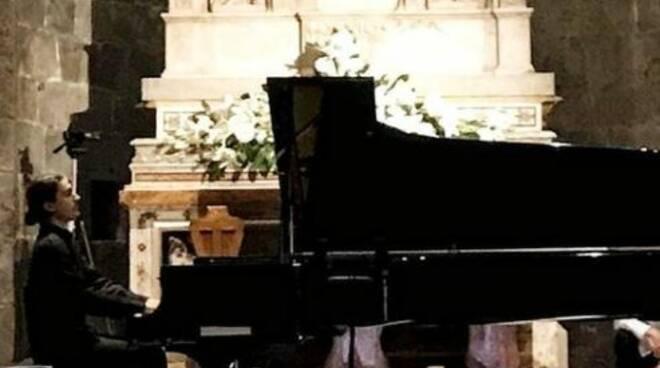 Riccardo Gagliardi vincitore concorso pianistico internazionale Massarosa