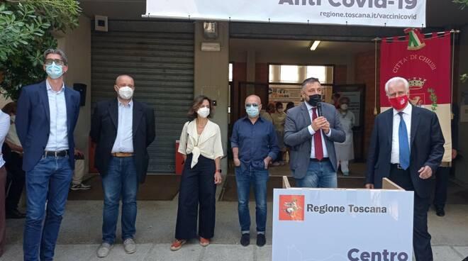 vaccini covid inaugurato l'hub a Chiusi