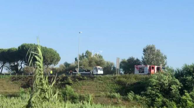 Auto in fiamme Fipili Montopoli