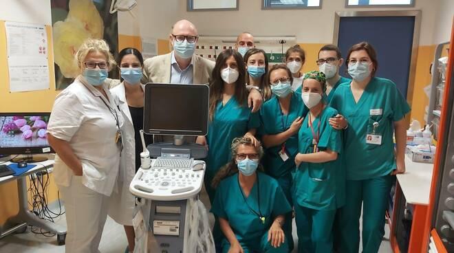 ecografo sala parto ospedale santo stefano di Prato