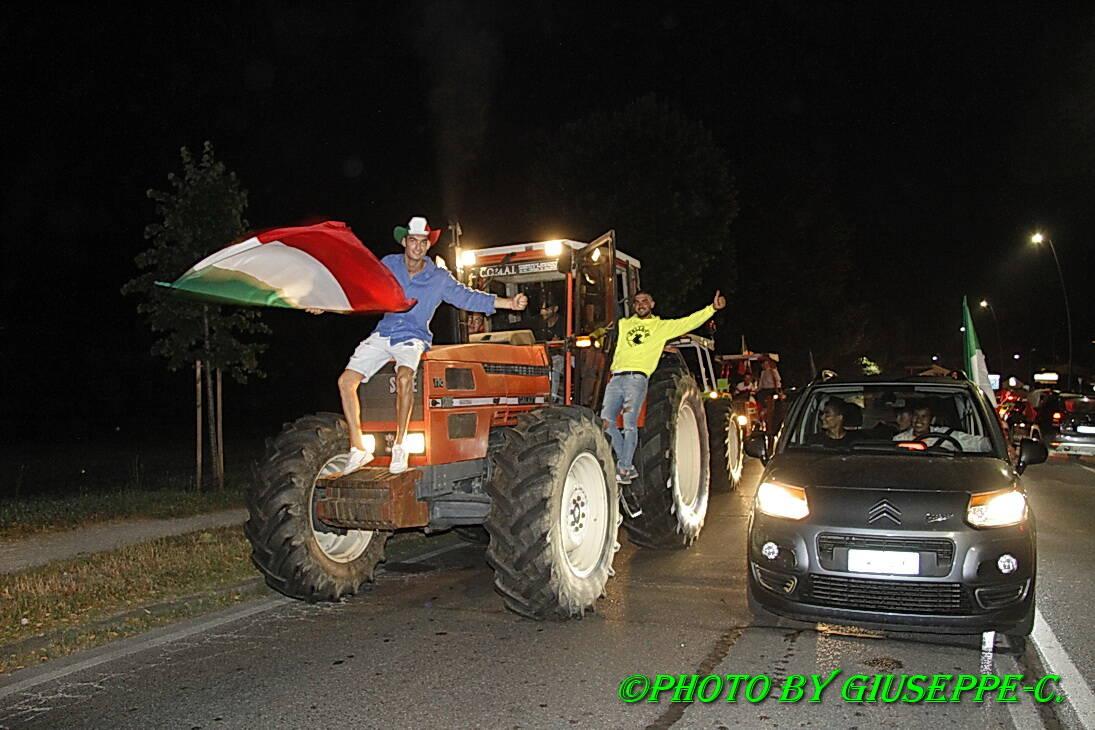 Foto festeggiamenti Italia campione d'Europa di Giuseppe Cortopassi