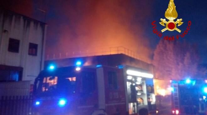 incendio falegnameria Greve