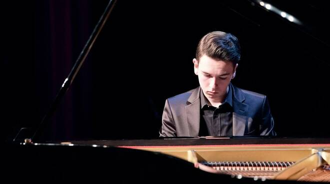Jonas Aumiller