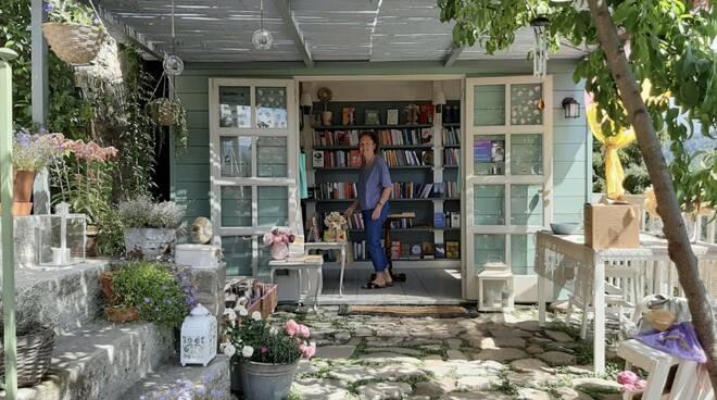 libreria sotto la penna