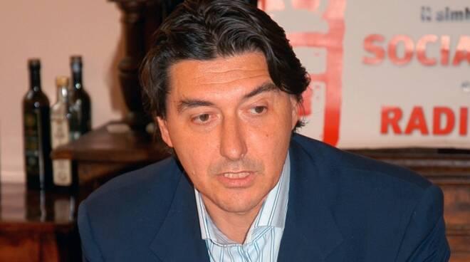Massimo Bulckaen radicali Lucca