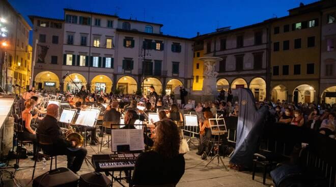 opera in piazza a Empoli