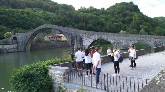 Rai Uno telecamere Borgo a Mozzano