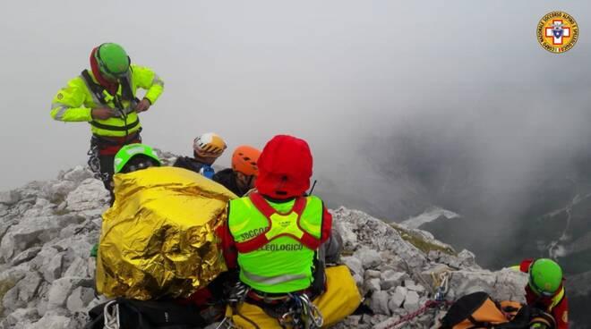 recupero alpinisti Pizzo d'Uccello Soccorso Alpino e Speleologico Toscano
