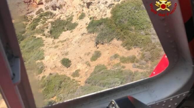 recupero vigili del fuoco parete rocciosa Isola del Giglio
