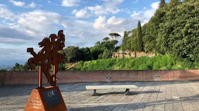 statua Napoleone Round Table 76 San Miniato