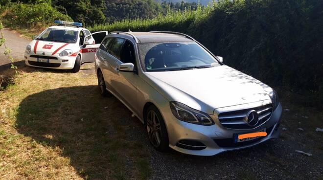 auto tedesca ritrovata dalla municipale