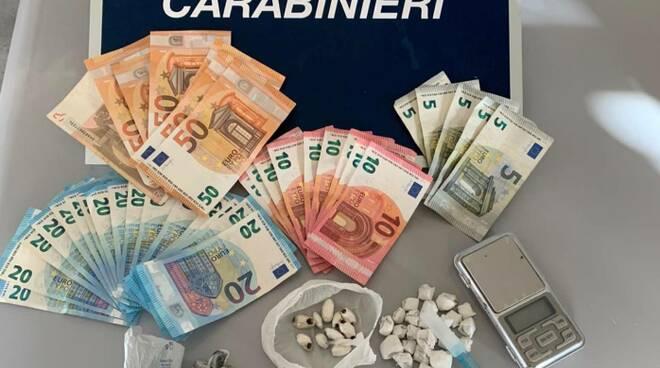 carabinieri Pietrasanta droga sequestro