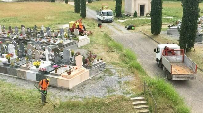 cimitero di capannori