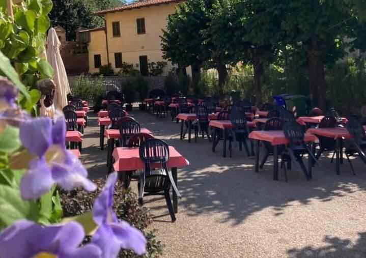 Degustazione sotto le stelle festa del vino Montecarlo