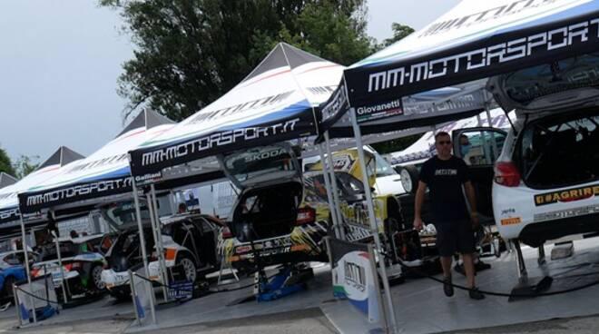 Mm Motorsport paddock